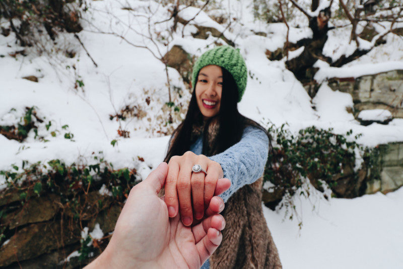 Snowy Engagement Photoshoot