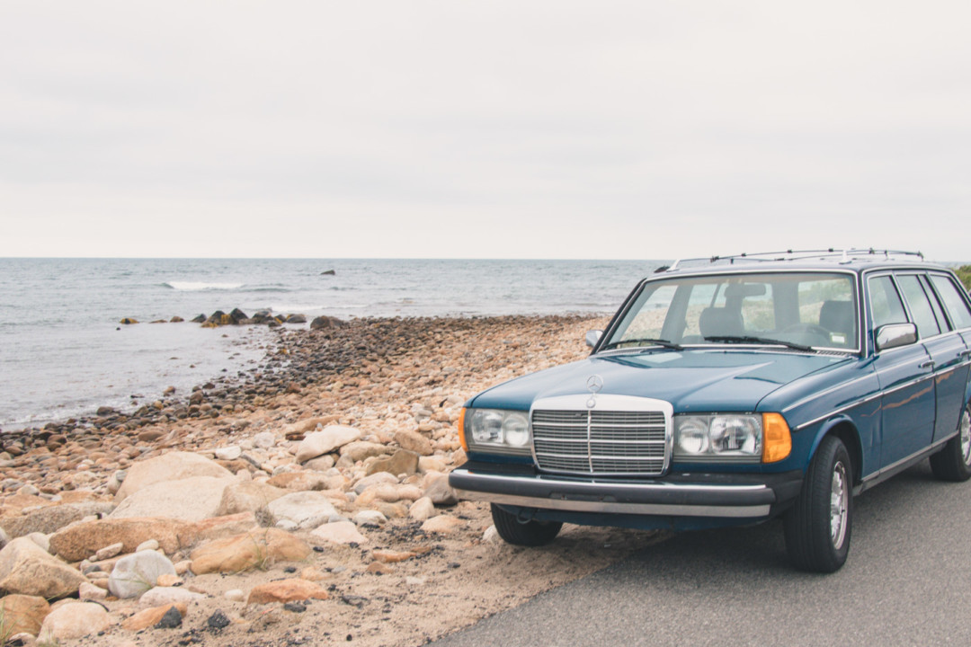 Mercedes wagon on Block Island north shore