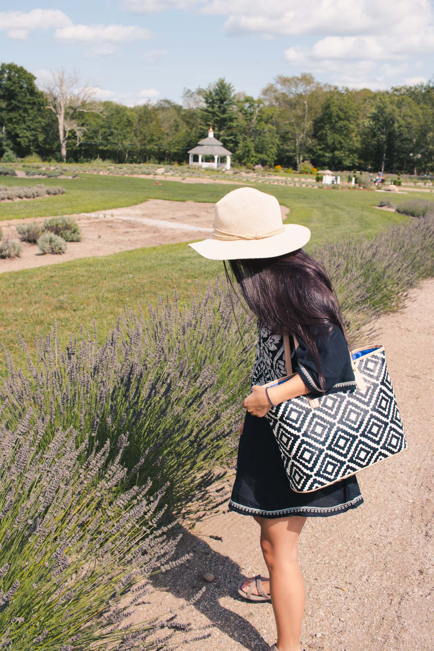 Beach Outfit Inspiration at Lavender Pond Farm