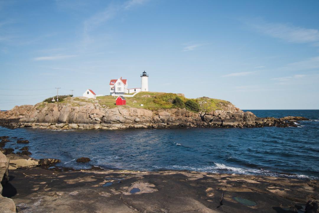Cape Neddick (Nubble) Lighthouse / simplylovebirds.com