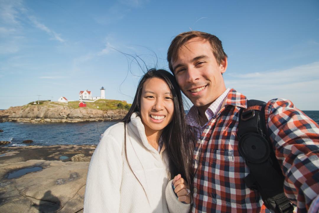 Kim and Dan at Cape Neddick (Nubble) Lighthouse / simplylovebirds.com