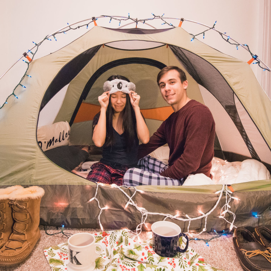 Christmas Tent Indoors - Simply Lovebirds - New England Lifestyle Blog