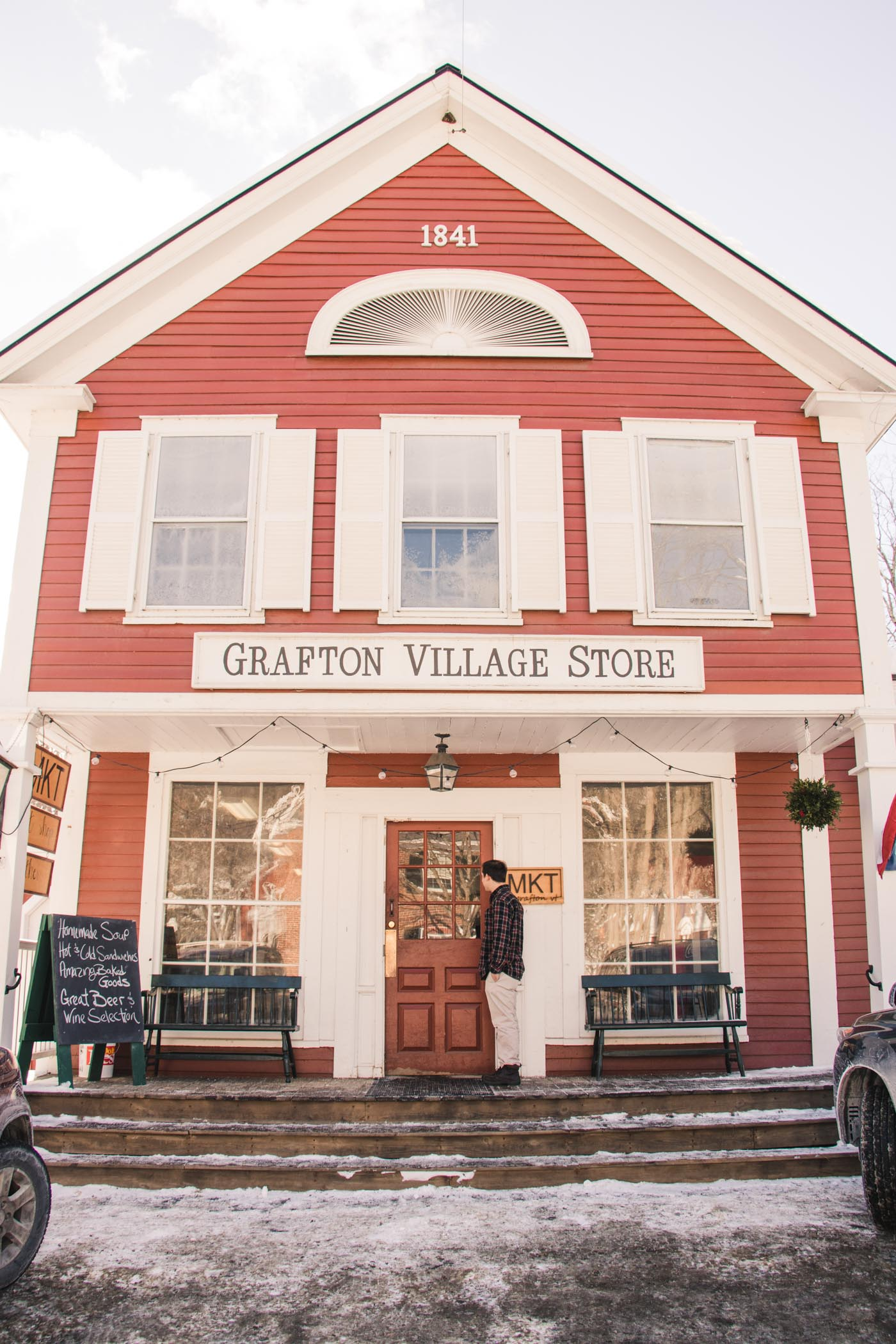 A winter travel guide to grafton vermont simply lovebirds for The grafton