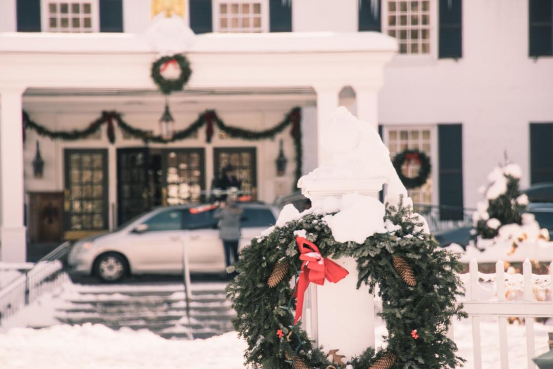 Entrance of Woodstock Inn & Resort in the Winter, Vermont - Simply Lovebirds - New England Lifestyle Blog